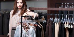 How Affluent Shoppers Buy Luxury Goods